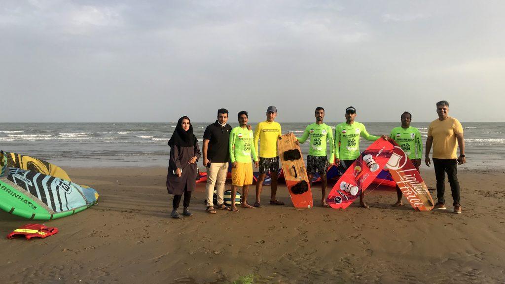 11 1024x576 - نمایندگان جامعه سیلینگ خلیج فارس مسیر دریایی جزیره هرمز به بندرعباس را طی کردند